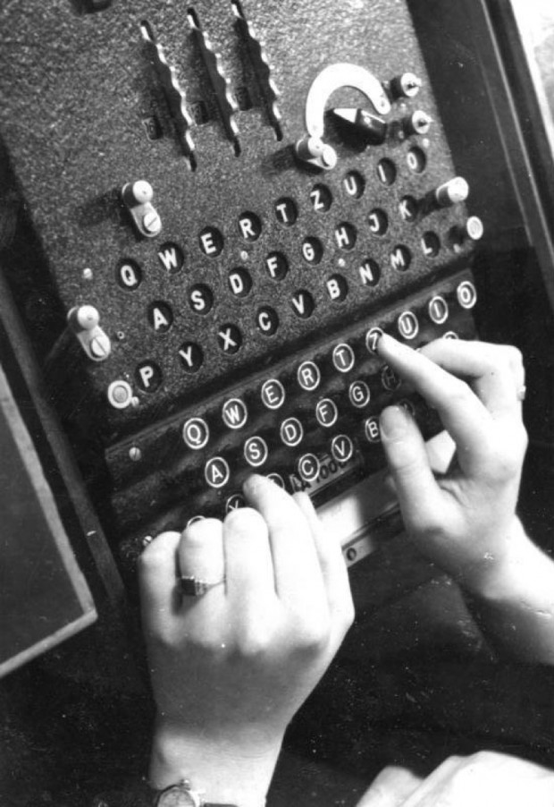 Enigma machine 1943; Wikimedia Commons