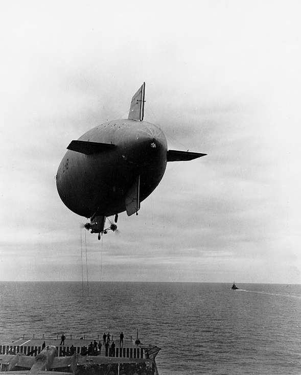 L-8 Blimp; Wikimedia Commons