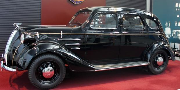 1936 Toyota sedan