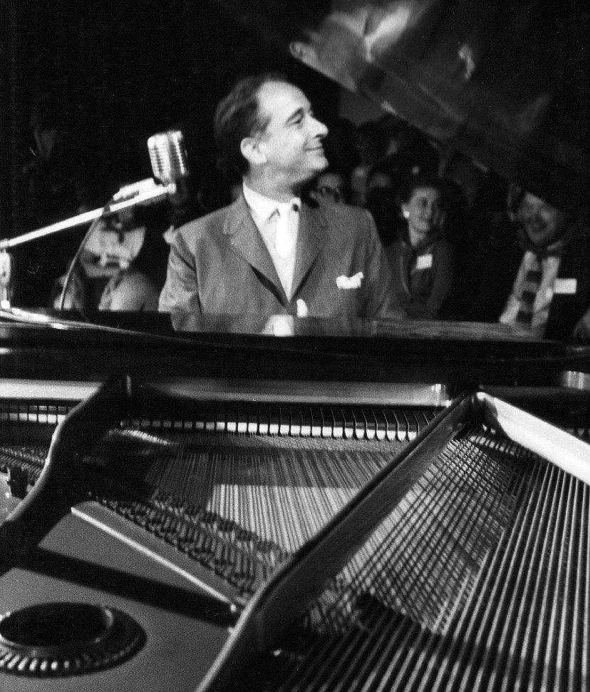 Victor Borge Danish Pianist & Comedian